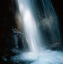 Lighted waterfall by Intensivelight Panorama-Edition