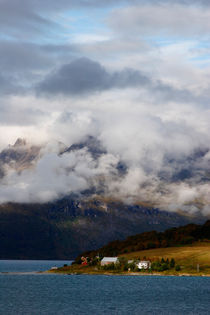 Clouds over Gratangen fjord von Intensivelight Panorama-Edition