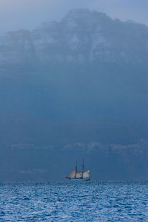 Tall ship cruising in a Norwegian fjord by Intensivelight Panorama-Edition