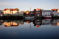Harbor in Henningsvaer at sunset by Intensivelight Panorama-Edition