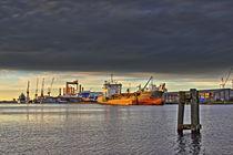 Schiff im Licht - Ship in the light by ropo13
