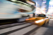 Times Square Taxi by kunertus