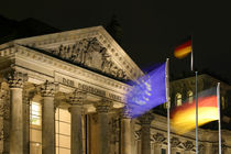 Reichstag bei Nacht by kunertus