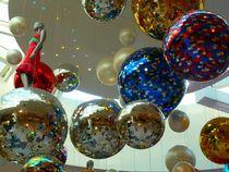Hanging Balls by reisemonster