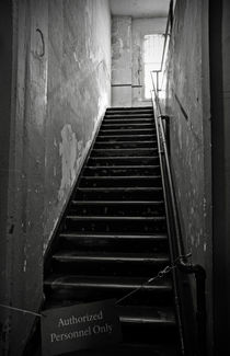 Alcatraz Hospital Stairs von RicardMN Photography