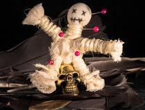 Voodoopuppe by daoart