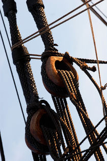Detail of the rigging on a tall ship von Intensivelight Panorama-Edition