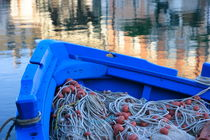 Nets in a blue boat von Intensivelight Panorama-Edition