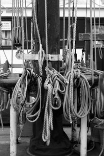 Rigging on a tall ship - monochrome von Intensivelight Panorama-Edition