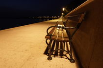 Bench at the sea - night time von Intensivelight Panorama-Edition