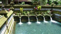 heilige Badestelle auf Bali von reisemonster