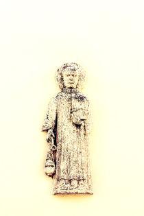 A monk on the wall.  von Gordan Bakovic