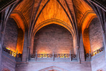 Impressive arched ceiling inside Liverpool Cathedral von illu