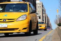 Yellow cabs von Mircea Nicolescu