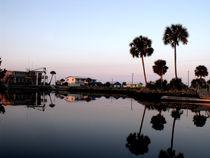 Reflections on Keaton Beach Marina von Marilyn Holkham