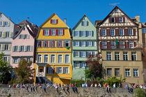 Bunte Häuser an der Tübinger Neckarfront von Matthias Hauser