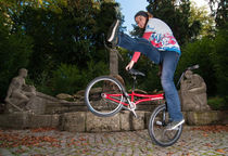 Monika Hinz alive and kicking - BMX Flatland von Matthias Hauser