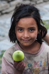Apfelmädchen - Apple Girl by Hans Sterr