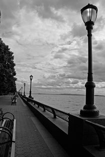 Waterfront in Battery Park,New York by margarita