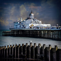 Eastbourne Pier by Chris Lord