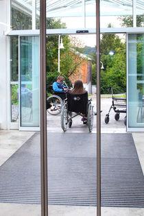 Menschen mit Behinderung by Miloslava Habermehl