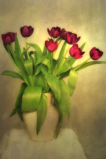 Glowing Tulips by Annie Snel - van der Klok