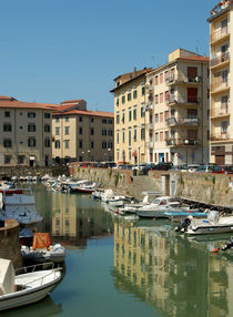 Canal 2, Livorno, Italy von Philip Shone