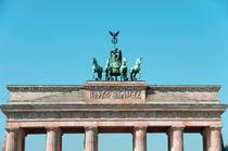 Berlin Brandenburger Tor by topas images
