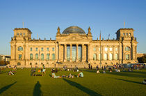 Berlin Reichstag by topas images