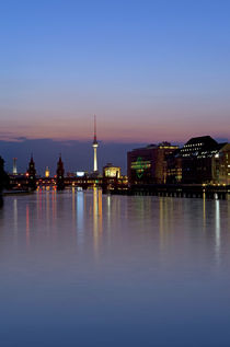 Berlin Skyline by topas images