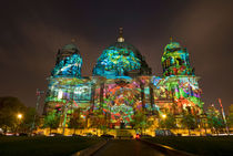 Berliner Dom by topas images
