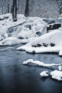 Cold Waterfall von Henrik Herr