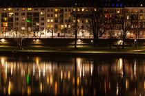 Wohnblock am späten Abend von Detlef Koethner