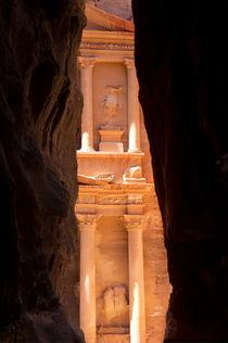 Das Schatzhaus, Petra, Jordanien by gfischer