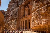 Das Schatzhaus in Petra, Jordanien by gfischer
