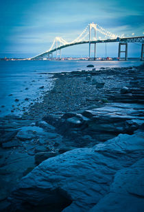 jamestown bridge in newport von digidreamgrafix