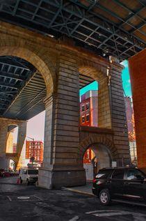 UNDER MANHATTAN BRIDGE von Maks Erlikh