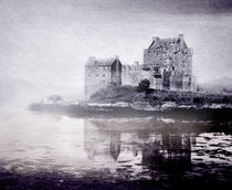 Eilean Donan by Linde Townsend