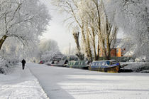 Boats on the Frozen Burton Canal von Rod Johnson