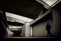 Underpass. von marunga