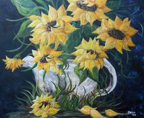 Sunflowers-in-a-country-pot