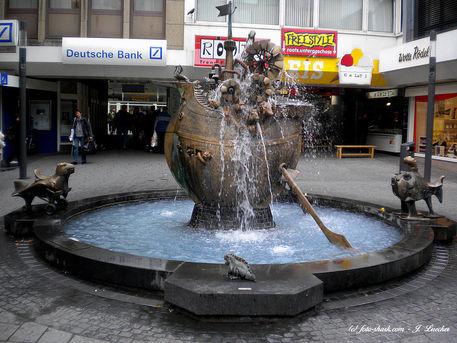 Brunnen-koblenz-04