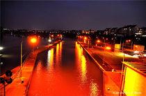 Schleuse bei Nacht, Schiffahrt, Wasser von shark24