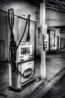 Old Fuel Pump - Black and White by Kaye Menner