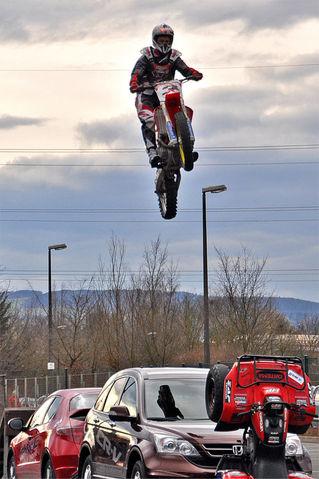 Stunt-2012-03-18-10281-11