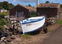Fishing Boat By The Road von Malcolm Snook
