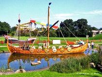 Wikingerschiff im Hansapark an der Ostsee von shark24
