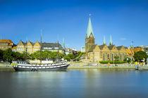 Riverside view of Bremen, Germany von Michael Abid