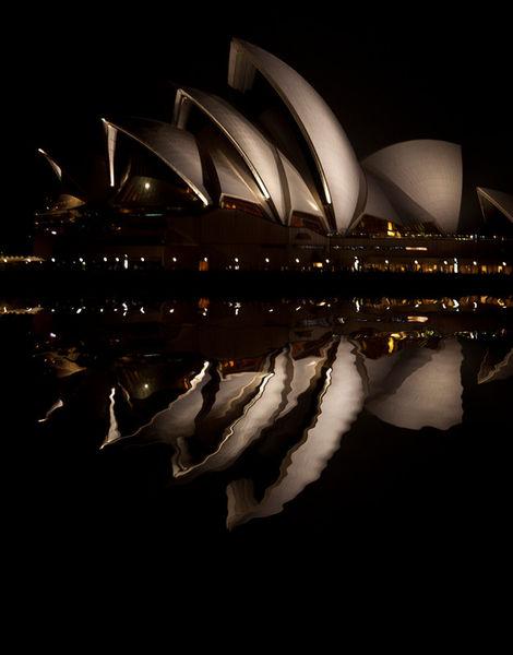 Sydney-opera-house-night-reflection
