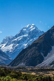 Mount Cook on a clear day von Sheila Smart